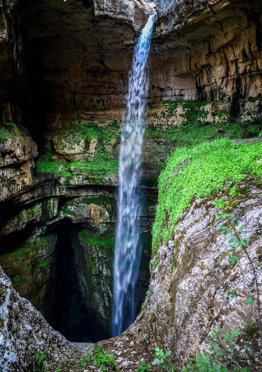 three-bridges-cave-baatara-gorge-waterfall-lebanon-9