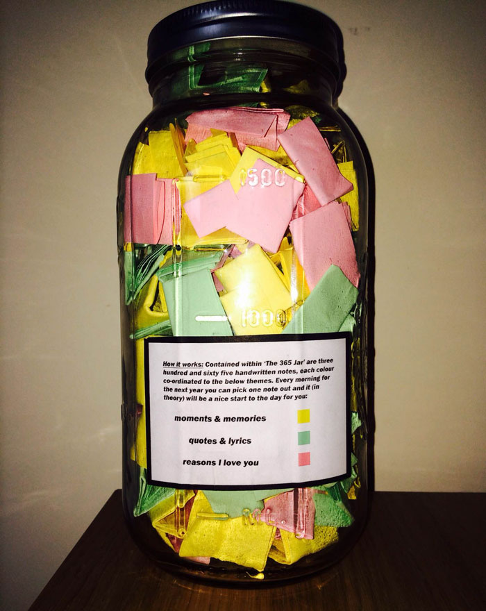 Perfect Boyfriend Puts 365 Love Notes In A Jar For His