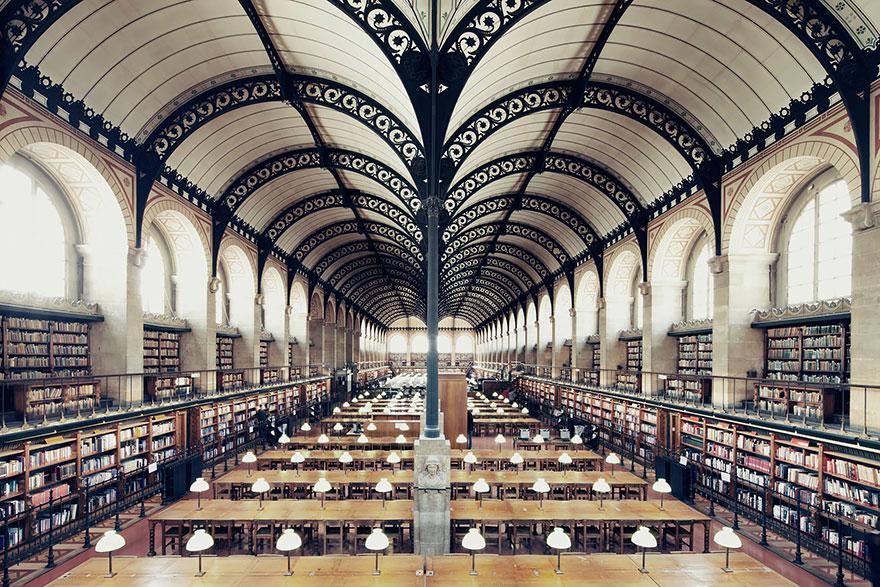 Bibliothèque Sainte Geneviève, Parigi, Francia