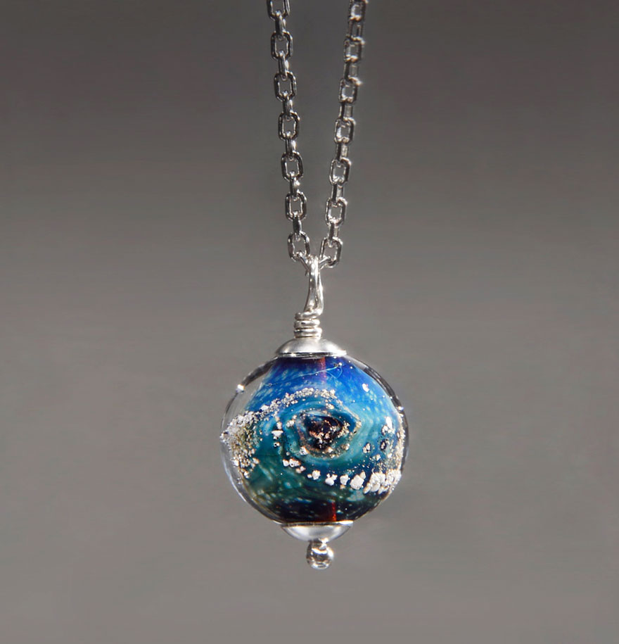 Artist Creates Memorial Ash Beads From Cremated Remains Of