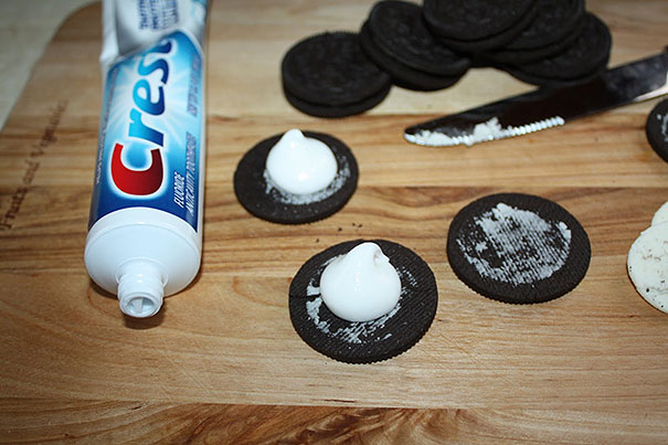 Replace Oreo Cream with Toothpaste