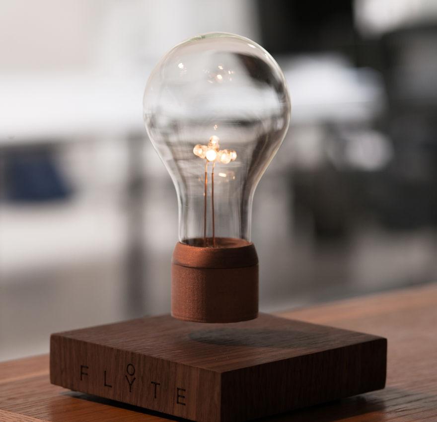 Kickstarter Light Bulb