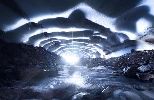 Ice Cave, Oregon, Usa