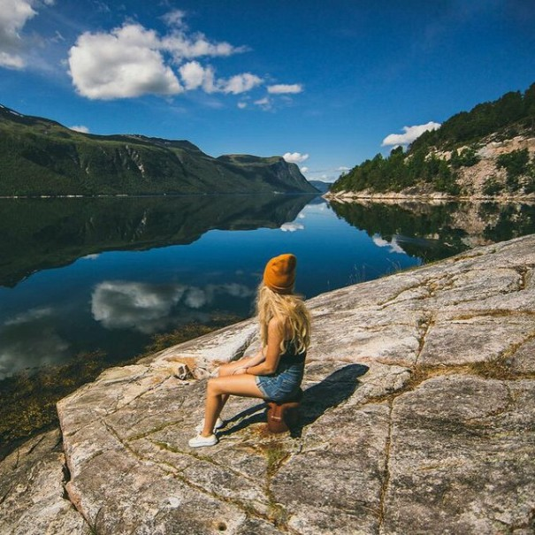 couple-traveling-around-world-photography-samuel-hildegunn-scandinavia-10