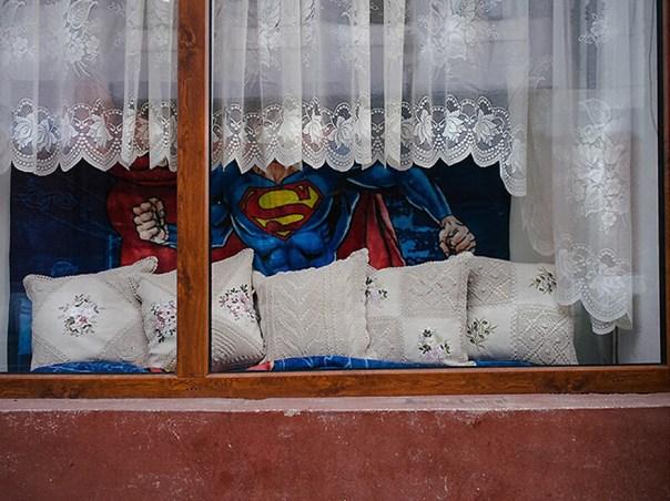 romania-villages-funny-photography-hajdu-tamas-33
