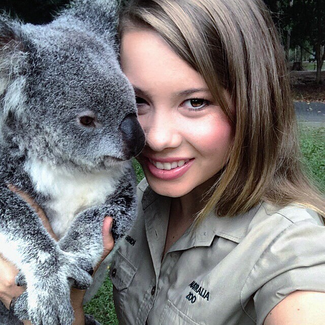 16-year-old-bindi-irwin-crocodile-hunter-fathers-legacy-australia-zoo-14