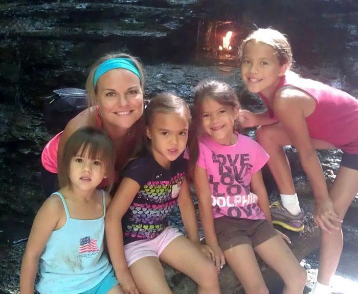 mom-adopts-4-daughters-brain-cancer-death-best-friends-elizabeth-diamond-laura-ruffino-4