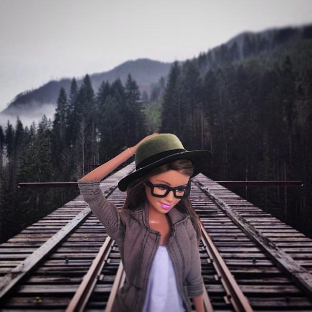 instagram-barbie-hipster-9