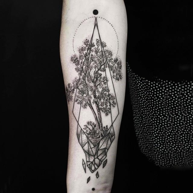 minimalist-geometric-tattoos-line-dot-okan-uckun-27