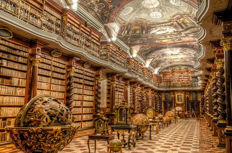 la-Klementinum-nazionale-libreria-repubblica-ceca-1