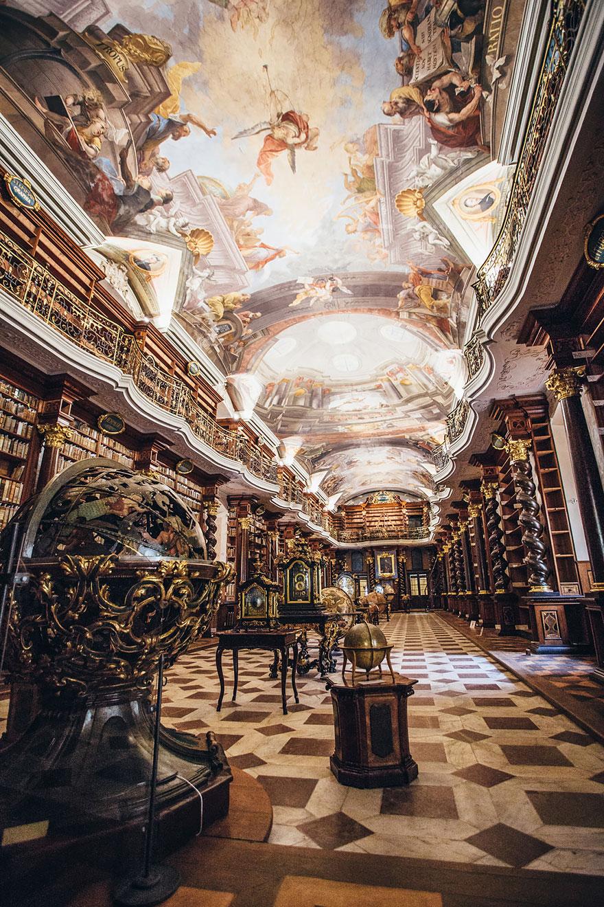 η-klementinum-εθνικό-βιβλιοθήκη-Τσεχικής Δημοκρατίας-7