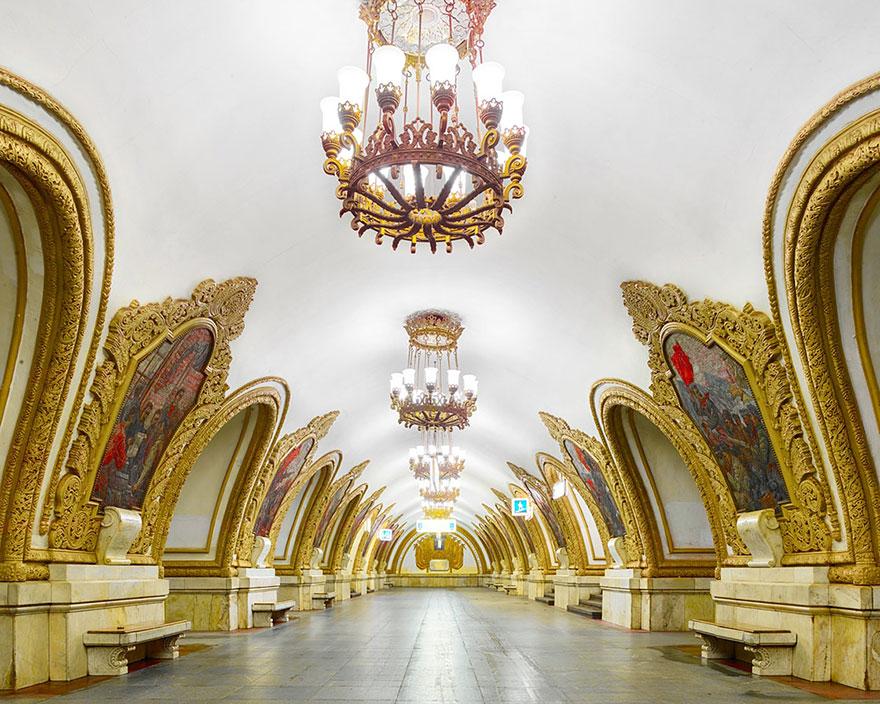 moscow-metro-station-architecture-russia-bright-future-david-burdeny-8