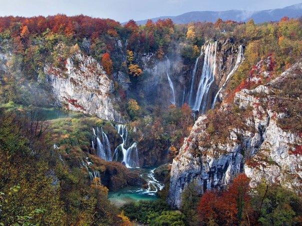 Caídas En Otoño, Parque Nacional de los Lagos de Plitvice, Croacia