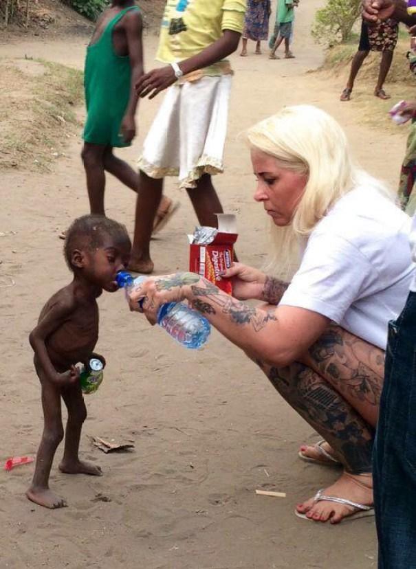 nigerian-morire di fame-sete-boy-speranza-salvato-anja-Ringgren-loven-19