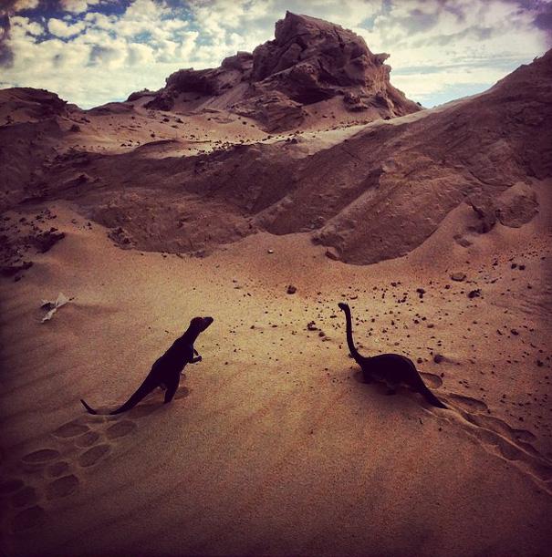 travel-photography-dinosaur-toys-dinodinaseries-jorge-saenz-165