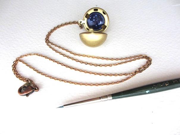miniature-astromony-oil-painting-jewelry-rustic-lockets-khara-ledonne-19
