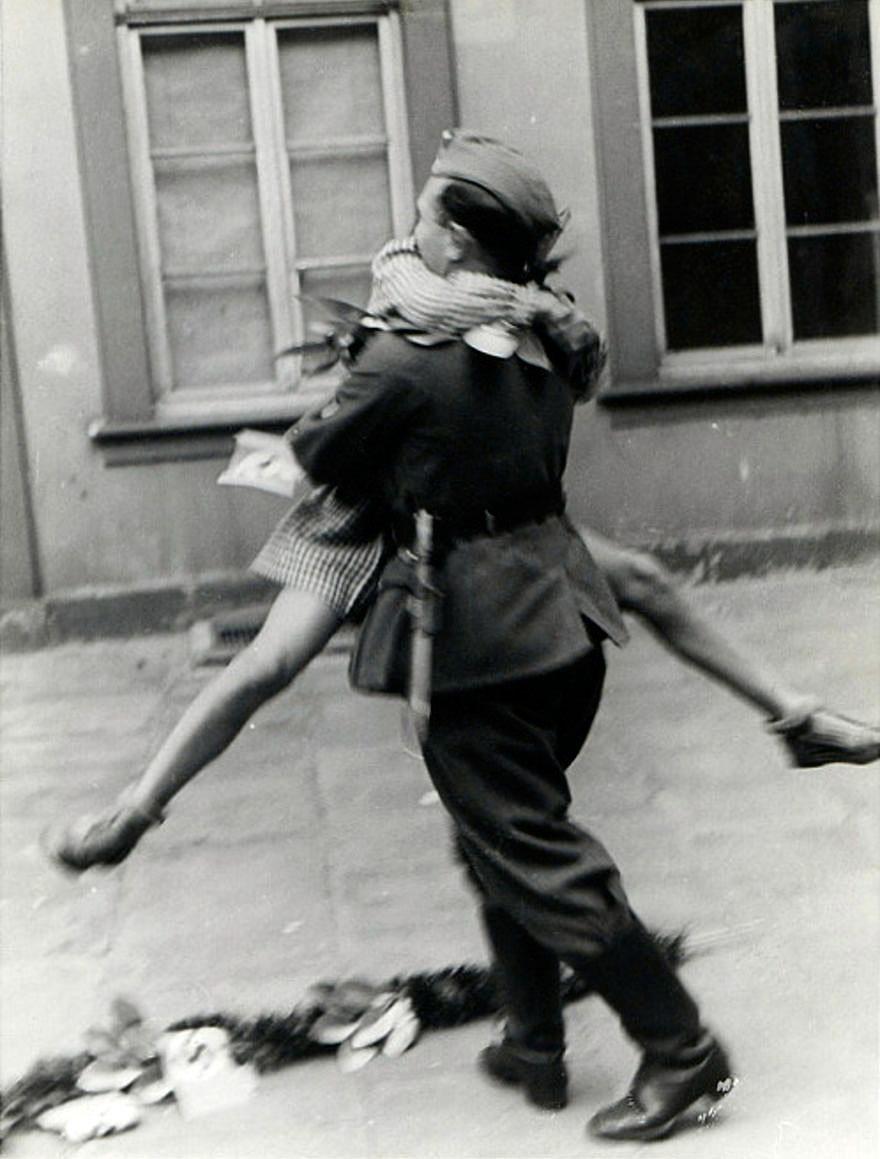 Un soldato torna a casa da guerra, 1940
