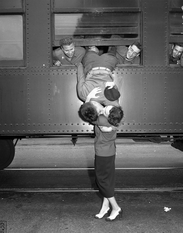 Despedida a la guerra de Corea beso, Los Ángeles 6 de septiembre, 1950