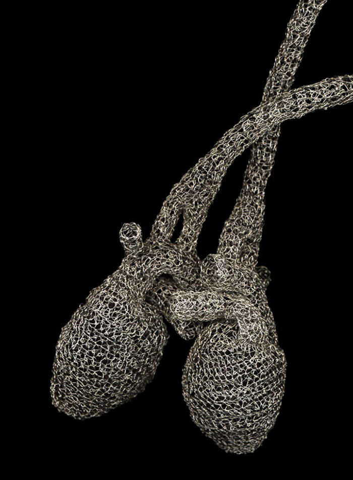 wire-crochet-heart-anne-mandro-9