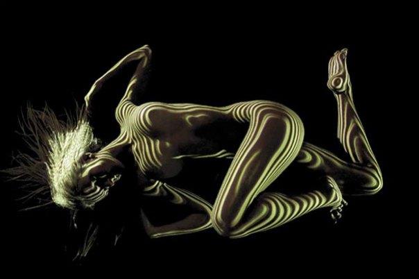 mujer-retratos-luz-rayas-patrones-sombra-fotografía-Dani-Olivier-7