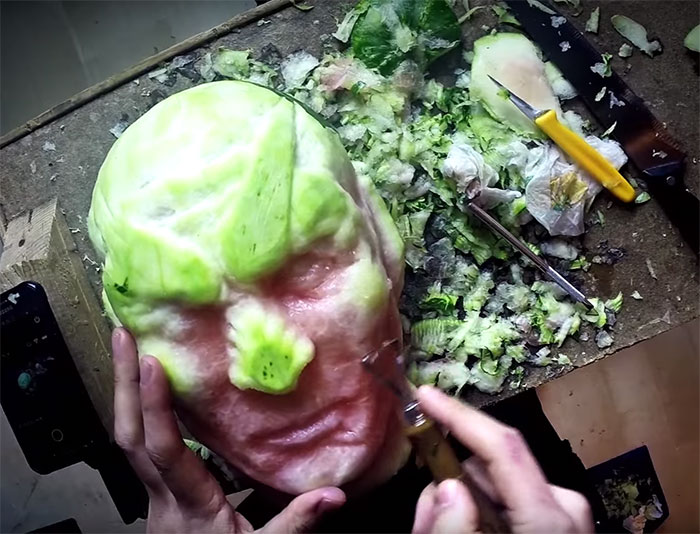 https://i2.wp.com/static.boredpanda.com/blog/wp-content/uploads/2016/06/game-of-thrones-watermelon-carving-night-king-white-walker-valeriano-fatica-6.jpg