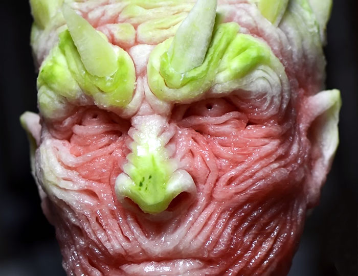 https://i2.wp.com/static.boredpanda.com/blog/wp-content/uploads/2016/06/game-of-thrones-watermelon-carving-night-king-white-walker-valeriano-fatica-8.jpg