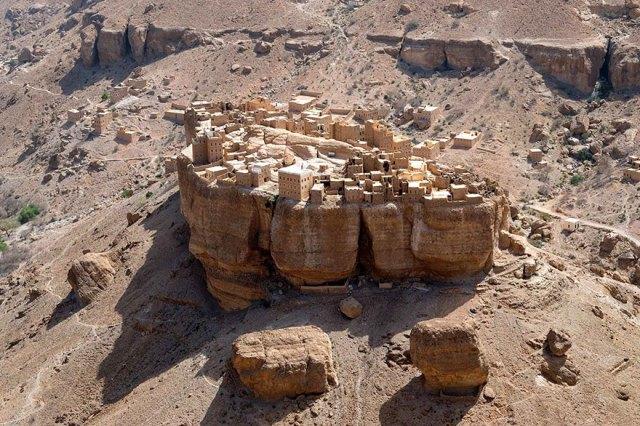 mountain-village-haid-al-jazil-yemen-2