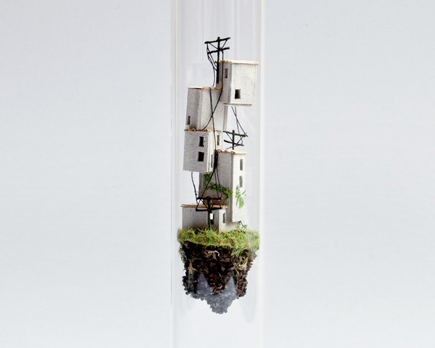 miniature-buildings-inside-test-tubes-micro-matter-rosa-de-jong-8