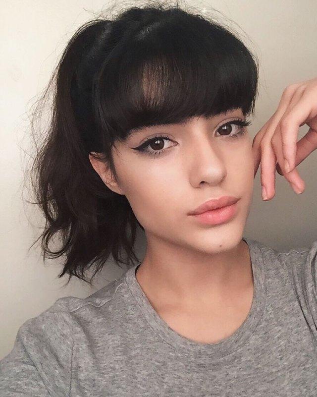 bullying-thick-eyebrows-model-career-natalia-castellar-1