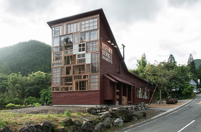 zero-waste-bar-recycling-kamikatz-public-house-japan-1