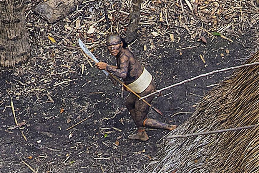 uncontacted-tribe-amazon-photography-ricardo-stuckert-6