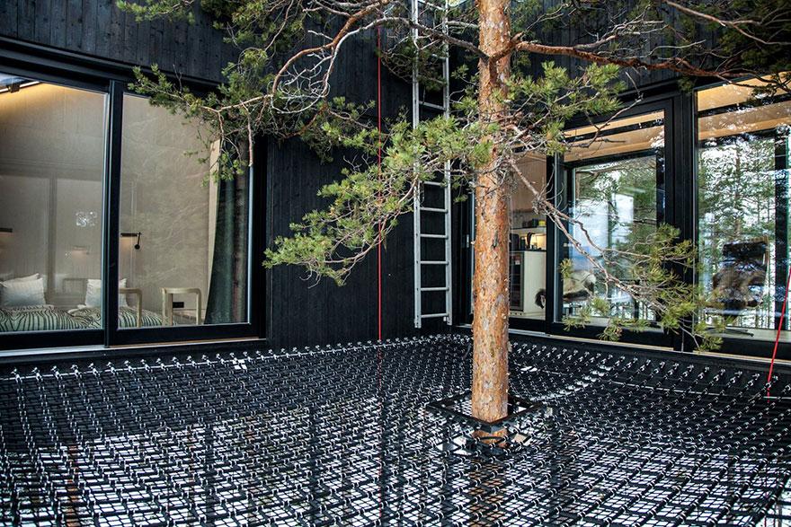 Treehouse-hotel-7-camera-Snohetta-Svezia-17
