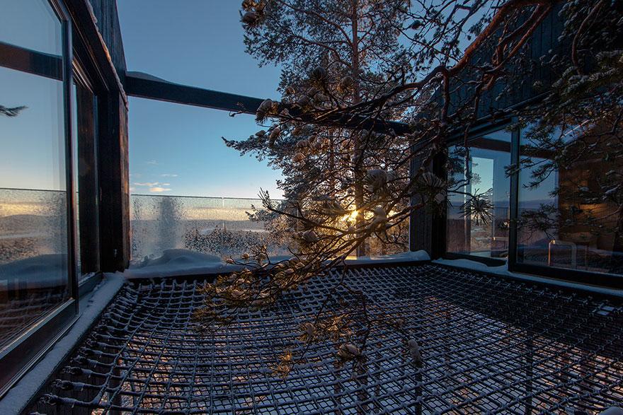 Treehouse-hotel-7-camera-Snohetta-Svezia-6