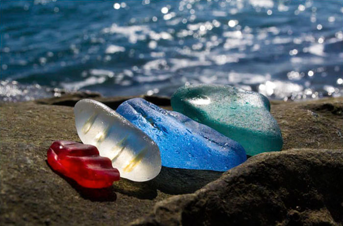 vodka-bottle-pebbles-glass-beach-ussuri-bay-russia-4