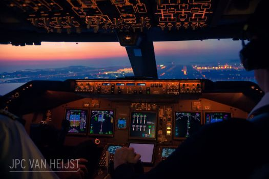 747 Pilot Takes Stunning Photos From His Cockpit, And His Pics Will Make You Want To Become A Pilot