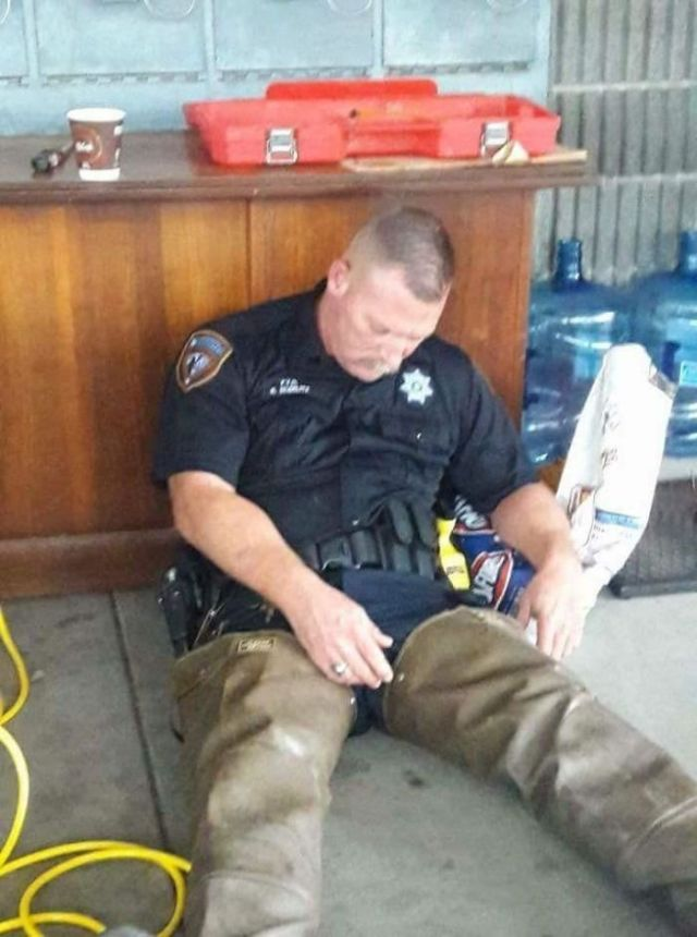 This Policeman Worked Countless Hours Helping Victims Of Hurricane Harvey Until He Passed Out From Exhaustion