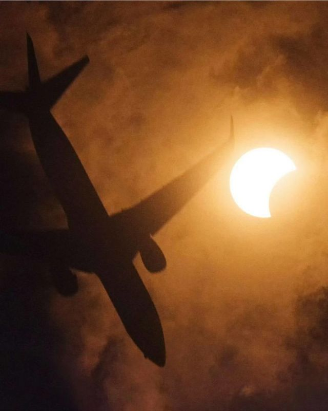 A Little Noisy At Iso 12800 But So What? There's A Plane, The Moon And The Sun In The Same Shot!