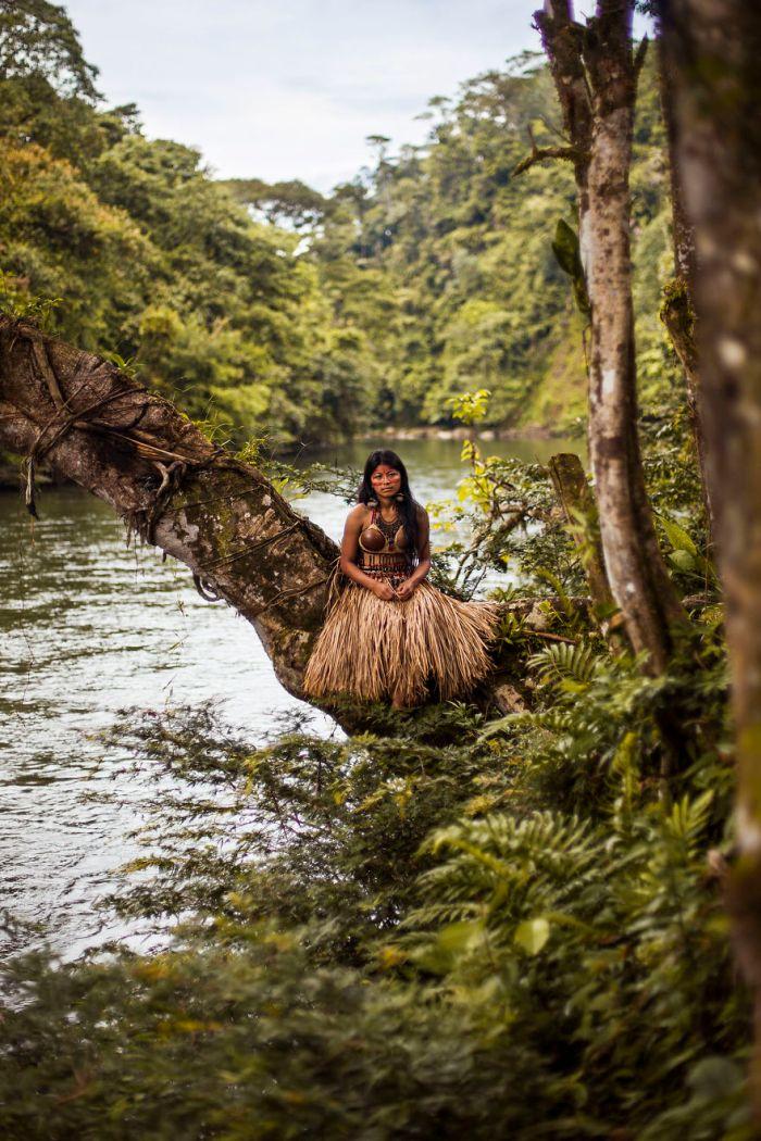 She photographed women in 60 countries to change the way we see beauty 59c8d0b483f5d  880 - Projeto de fotógrafa romena propõe tirar fotos de mulheres pelo mundo