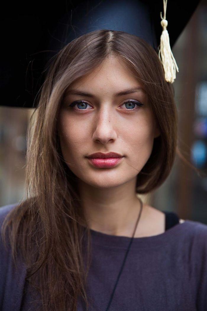 She photographed women in 60 countries to change the way we see beauty 59c8d255ad375  880 - Projeto de fotógrafa romena propõe tirar fotos de mulheres pelo mundo