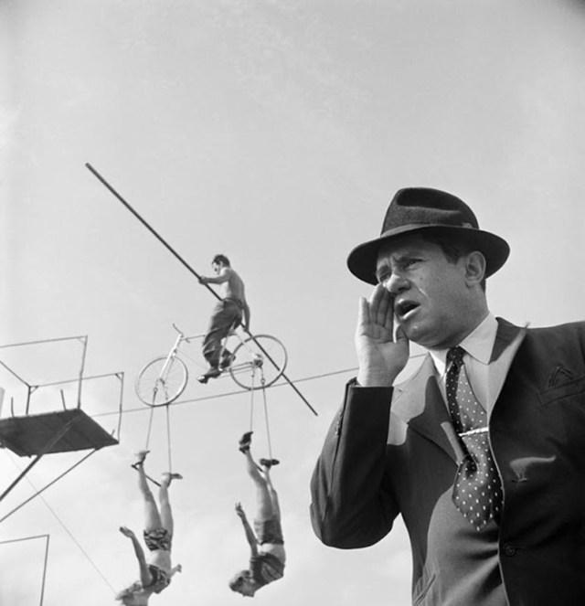 Espectáculo Sobre La Cuerda Floja, 1948