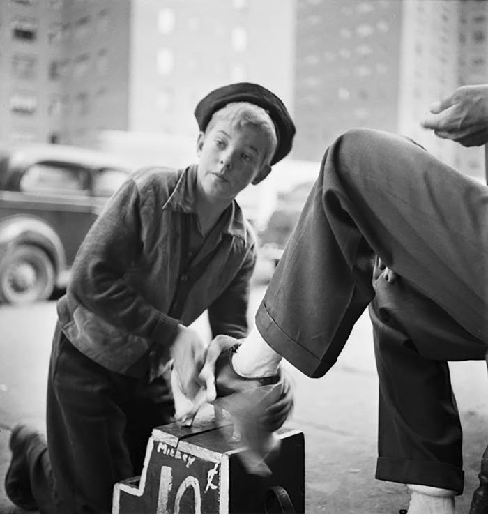 Shoe Shine Boy, 1940
