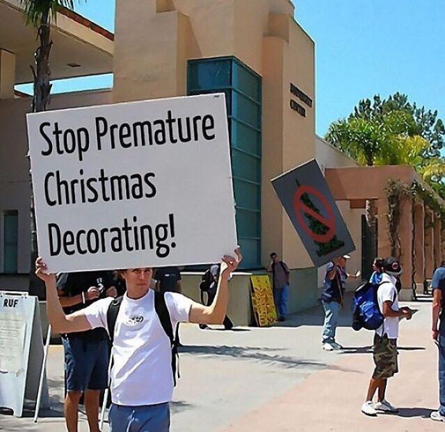 Detened la decoración navideña prematura
