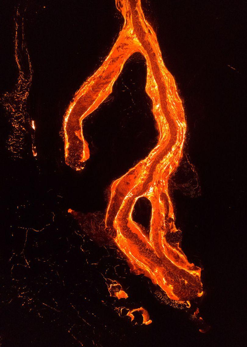 I melted my drone camera flying to close to the lava flows of mount Kilauea Hawaii 59f8c882b9c46  880 - Fotógrafo chega muito perto de lava com o seu Drone
