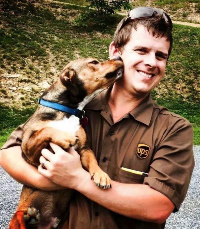 ups-dogs-facebook-group-drivers-meet-routes-sean-mccarren-4