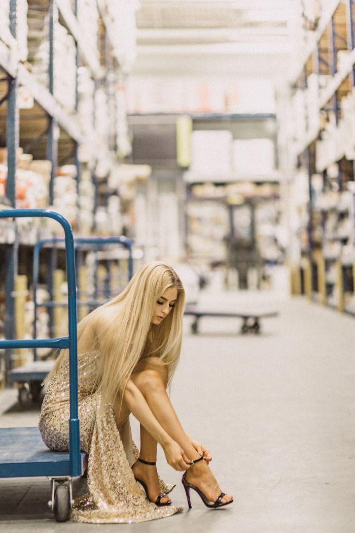 ugly locations beautiful portraits jenna martin lowes 3 5a152f8935c4c  700 - Fotografo mostra que qualquer lugar você pode tirar uma boa foto