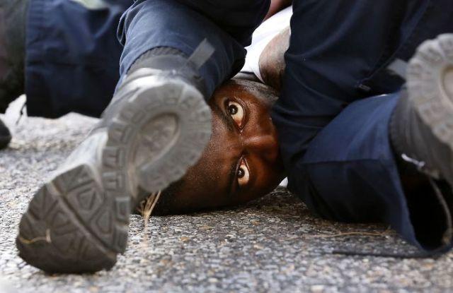 Ojos De Un Manifestante, Jonathan Bachman (1º En Color En General)