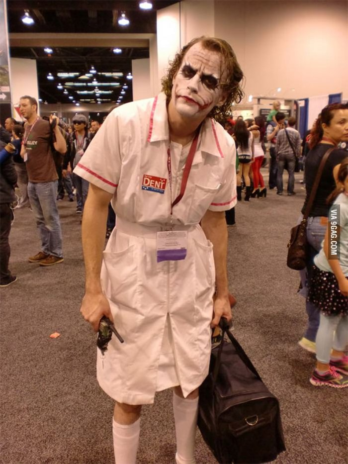 Nurse Joker Cosplay