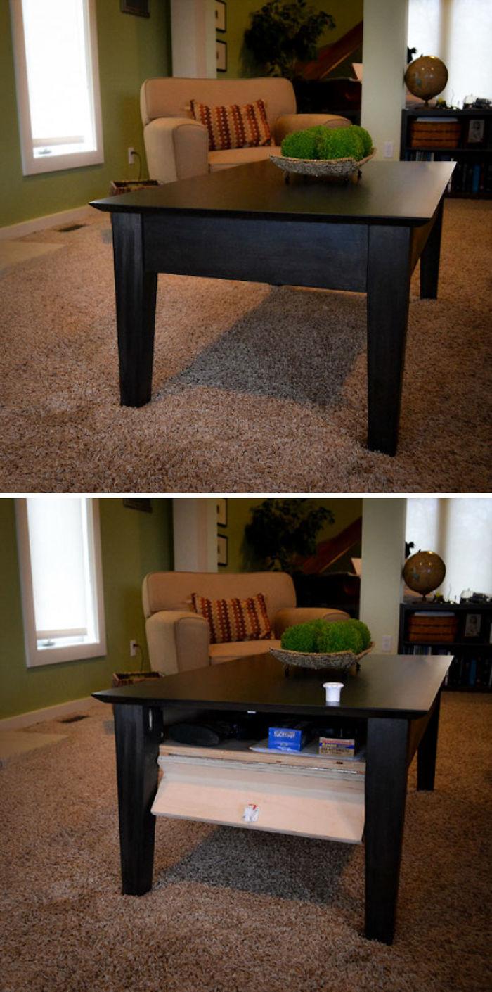 Compartimento secreto en una mesa