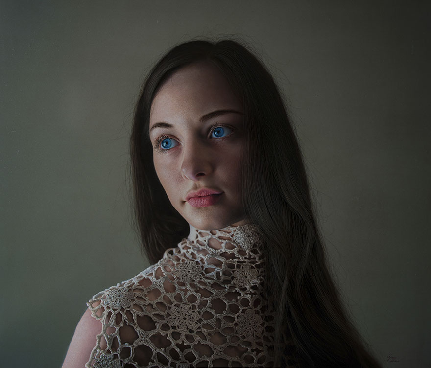 hyper realistic paintings marco grassi 20 5a37b5d416671  880 - This Artist Will Blow Your Mind Once You Realize These Are Not Photos At All