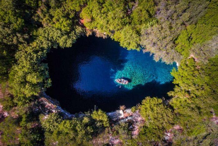 Kefalonia Melissani Cave